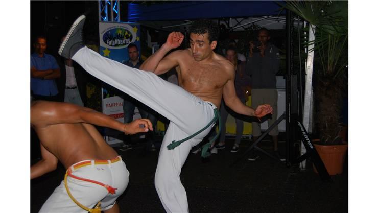 Die Capoeira-Kämpfer beeindruckten mit ihrem tänzerischen Können.