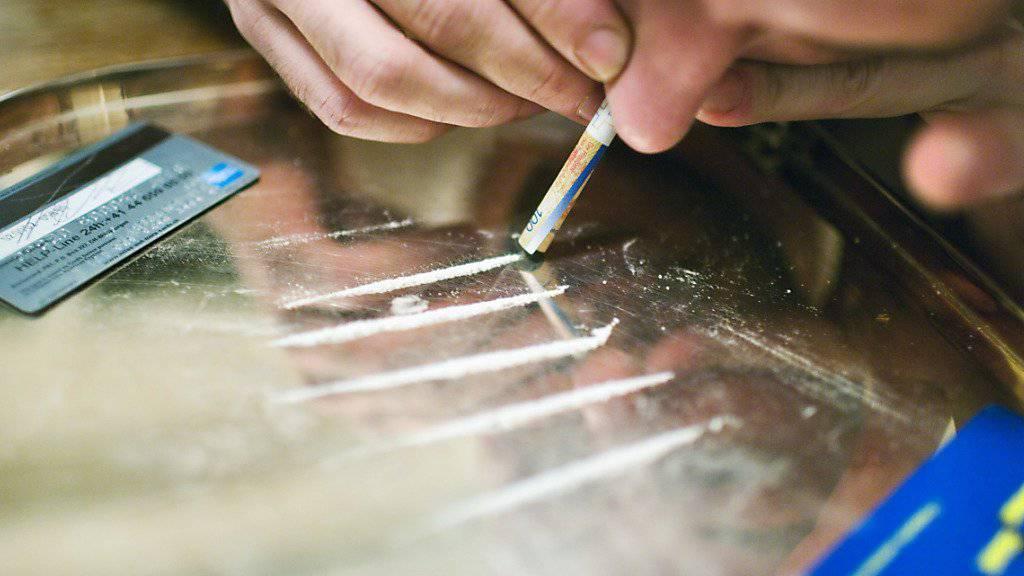 Schweizer Städte mischen im internationalen Vergleich des Drogenkonsums auf den vordersten Plätzen mit. Viel Kokain wird vor allem in Zürich konsumiert. (Symbolbild)