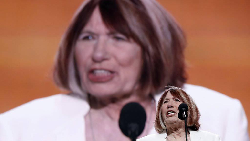 Trauert und klagt an: Pat Smith, die Mutter eines Opfers der Attacke auf das US-Konsulat in Bengasi, tritt beim Parteitag der Republikaner auf.