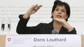 Bundesrätin Doris Leuthard erklärt den Fluglärm-Kompromiss