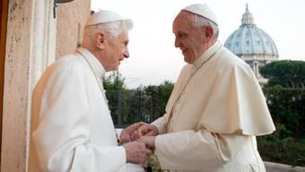 Papst Franziskus besucht an Weihnachten seinen Vorgänger Ratzinger