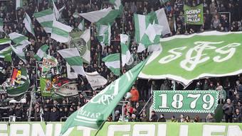 """Vor dem Match am 15. Februar 2015 provozierten die Luzerner Fans die St.Galler Fans, die sie schon seit längerer Zeit als """"Juden"""" bezeichnet hatten."""