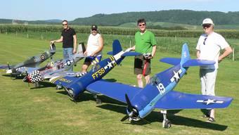 «Es ist ein Erfolgserlebnis zu sehen, wenn etwas fliegen kann, das man selbst zusammengebaut hat», sagen die Mitglieder der Modellflugvereins.