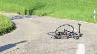 In Uerkheim stürzte ein 71-jähriger Mann von seinem Rennrad.