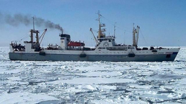 Ein russischer Fischtrawler vom gleichen Typ wie das Unglücksschiff