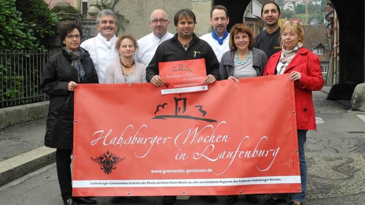 Die Gastronomen und das Verkehrsbüro Laufenburg freuen sich auf die kommenden Wochen.