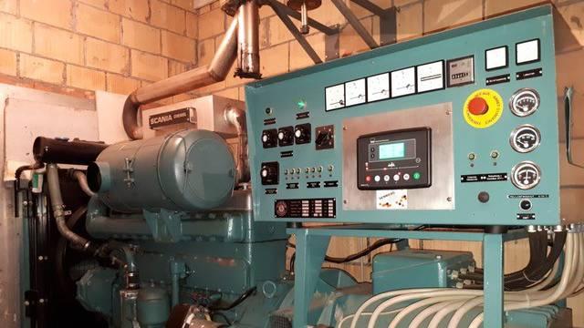 Der Notstromgenerator ist seit über 35 Jahren im Einsatz.