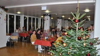 Reich geschmückt: Das Alterszentrum Kastels feierte am Dienstagabend Weihnachten.
