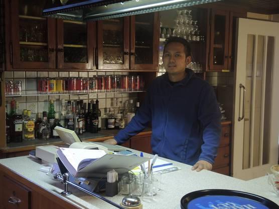 Uthen Bunchalieo macht die Stellvertretung im Restaurant Löwen Umiken.