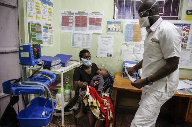 Die Gesundheitsversorgung ist oft mangelhaft. Einige Länder verfügen kaum über die nötigen Einrichtungen, um Tests überhaupt durchzuführen.
