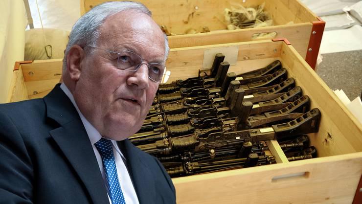 Watsche für Johann Schneider-Ammann: Das Parlament will den Bundesrat entmachten und über die Kriterien zur Bewilligung von Waffenexporten entscheiden.