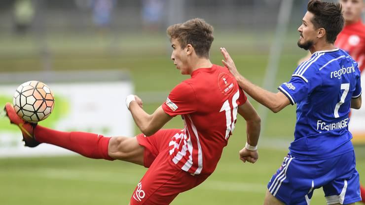 Fussball, 2. Liga interregional. FC Dietikon. Aleandro Norelli (links, Dietikon). © Alexander Wagner Fussball, 2. Liga interregional: FC Dietikon