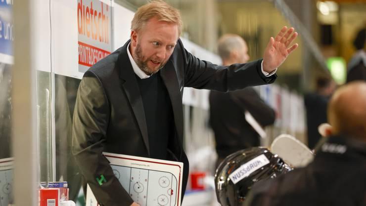 EHCO-Trainer Fredrik Söderström war frustriert über den Verlauf des Derbys in Langenthal.