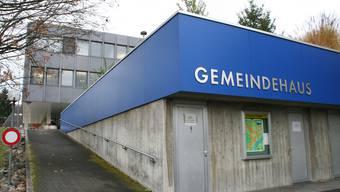 Vorziehen: Sanierung des Gemeindehauses auf Stock in Küttigen. (sim)