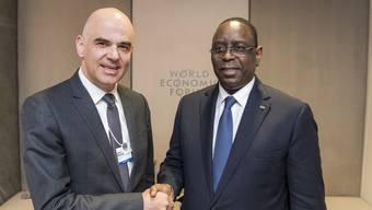 Bundesrat Alain Berset traf am WEF unter anderem Macky Sall, Präsident von Senegal.
