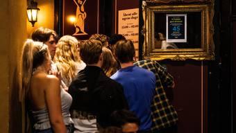 Clubben ohne Maske: in Dänemark noch immer möglich.