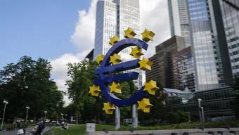 Zumindest vorerst wird die Geldpolitik in Europa nicht gelockert. Im Bild: Europäische Zentralbank in Frankfurt (Archivbild).