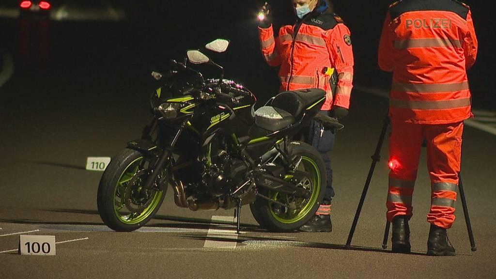 19-jähriger Motorradfahrer nach Selbstunfall gestorben