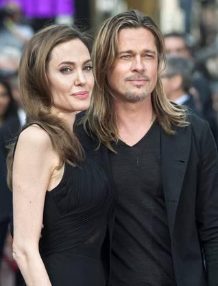«Diese Operationen haben uns sätrker gemacht». Mitte Mai wurde bekannt, dass sich Angelian Jolie nach einem Gentest beide Brüste amputieren liess.