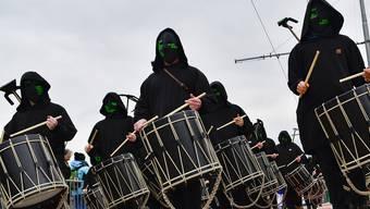 Düstere Nachrichten für die Basler Fasnacht: Der Bund untersagt Grossveranstaltungen mit über 1000 Teilnehmern.