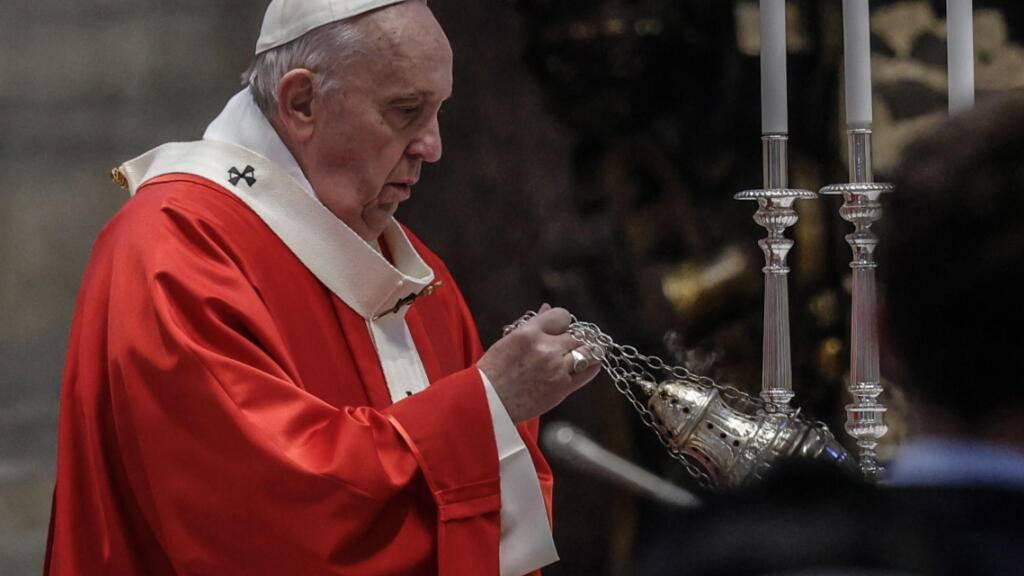 Papst Franziskus im Petersdom bei der  Palmsonntagsmesse. Foto: Giuseppe Lami/Pool ANSA/AP/dpa