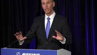 Boeing-Chef Dennis Muilenburg hat sich bei den Familien der Absturz-Opfer entschuldigt. (Archivbild)