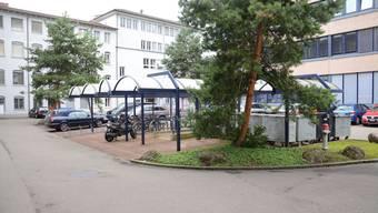 Die Parkplatzsituation an der Grabenstrasse ist nun geklärt. (Archiv)