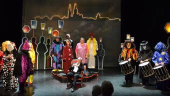 Das 15. Ridicule von Helmut Förnbacher (sitzend) eröffnet am 8. Januar die Vorfasnacht 2014