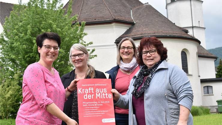 Sie organisieren den gemeinsamen Gottesdienst: Esther Akermann, Susanne Bucher, Andrea Maria Inauen und Regina von Felten (v.l.).