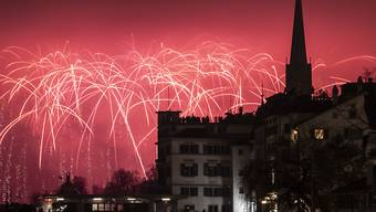 Feuerwerk an Silvester 2019-2010 in der Schweiz