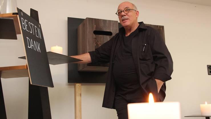 Max Eichenberger (MaxArt) thematisiert mit 14 Schauboxen den Gegensatz zwischen dem Streben des Menschen nach Macht und der Flüchtigkeit seines Daseins.
