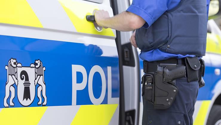 Zwei Polizistinnen und der Einsatzgruppenchef müssen sich vor dem Strafgericht verantworten.