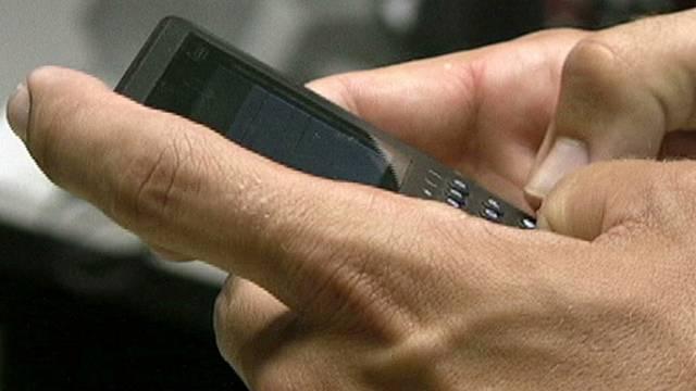 Reger SMS-Verkehr zwischen Diplomat und Spionin