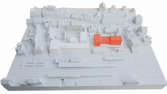 So kommen die drei Baukörper (rot markiert) im Zentrum Sissachs zu stehen.