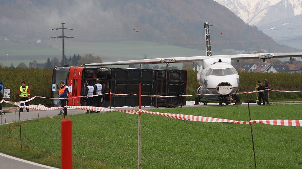 Flugzeug gegen Bus: Notfallübung am Flughafen Bern
