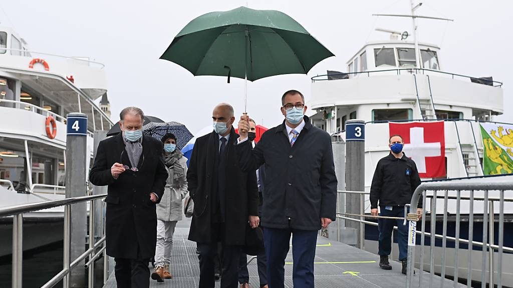 Bundesrat Berset besucht Impfschiff in Romanshorn