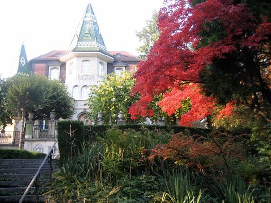 Herbst im Park der Villa Lambert