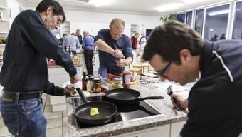 Der Gemeinderat Bellach kocht ein Menü