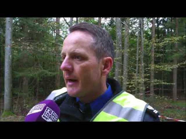 Kapo-Sprecher Bernhard Graser informiert über den tödlichen Unfall auf der Bottenwilerstrasse in Zofingen.