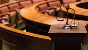 """Laut Anklageschrift glaubte der Beschuldigte, ein Mitglied eines """"Sexporno-Filmrings"""" und Verkäufer von brutalen Porno-Videos töten zu müssen. (Symbolbild)"""