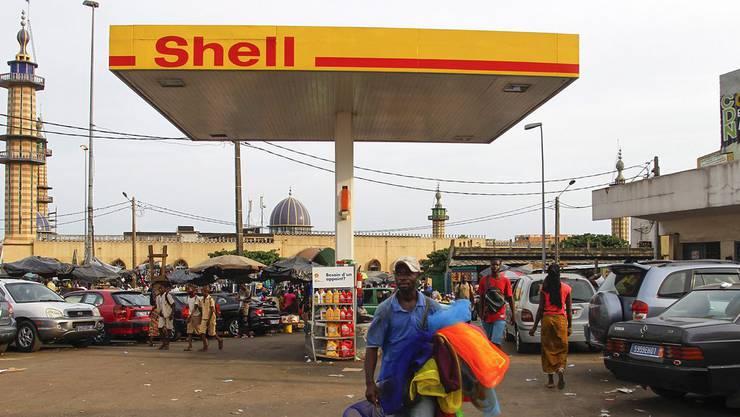 Der Öl-Riese Shell hat laut Amnesty International geholfen, Proteste in Nigeria niederzuschlagen.