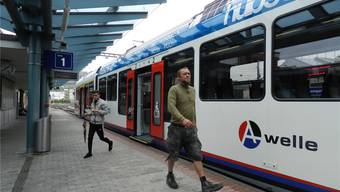 Die BD-Bahn im Bahnhof Bremgarten, wo Ausbauten geplant sind.