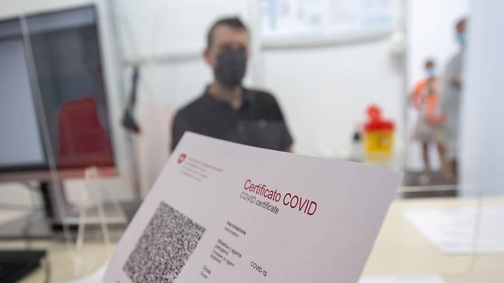 Mehrheit für kostenpflichtige Tests für Covid-Zertifikat