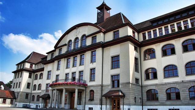 Der «Sex-Lehrer» arbeitete an der Bezirksschule Aarau.