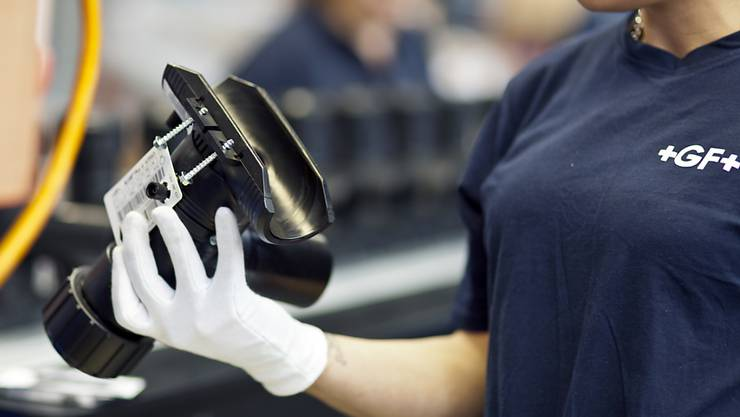 Der Industriekonzern Georg Fischer leidet unter der Schwäche in der Autoindustrie - er will deshalb sparen. (Archiv)