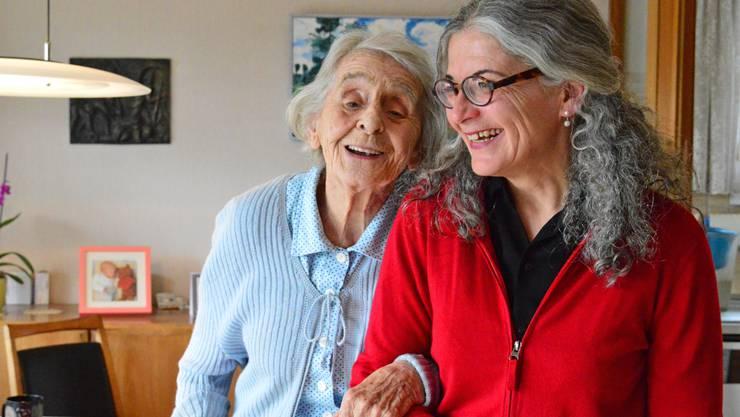 Marlene Hansen und ihre Betreuerin Helene Marbet haben ein freund-schaftliches Verhältnis entwickelt.