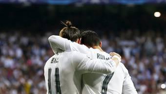 Gareth Bale und Cristiano Ronaldo freuen sich über das entscheidende Tor