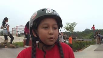 Aliqqa Noverry hat mit ihrem Skateboard grosses vor.