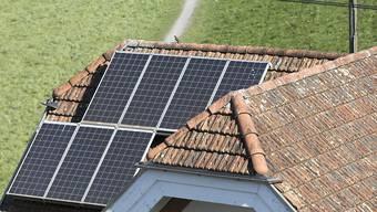 Eine Photovoltaik-Anlage. (Symbolbild)
