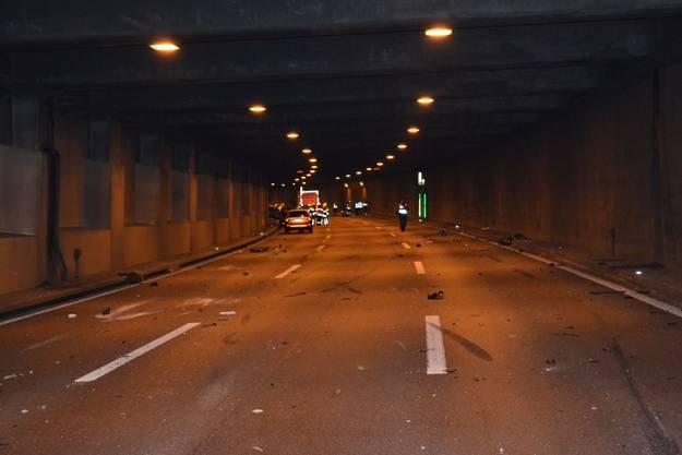 Schwerer Unfall im Schweizerhalle-Tunnel (2)